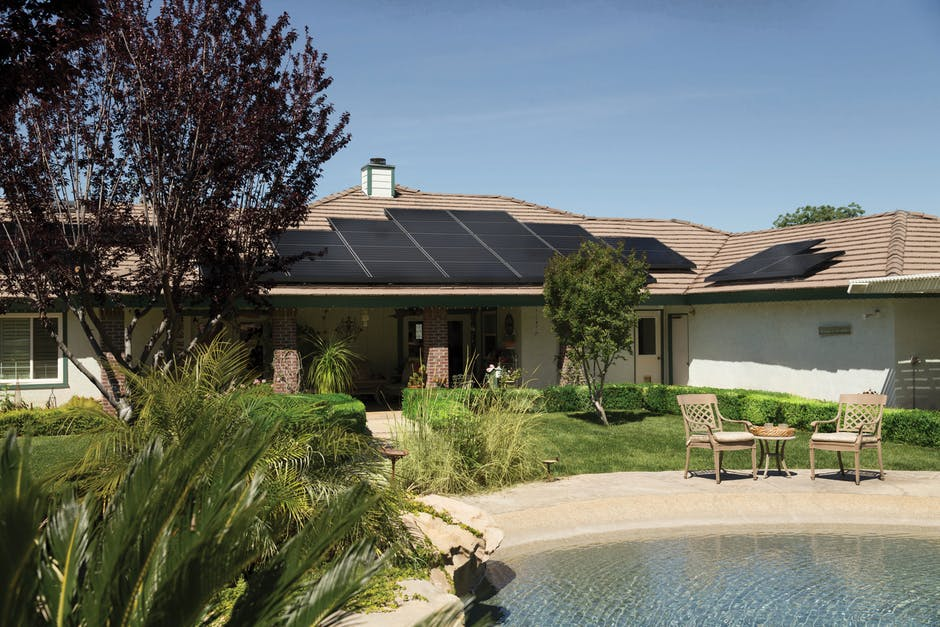 The Top Questions to Ask Solar Contractors Before Hiring
